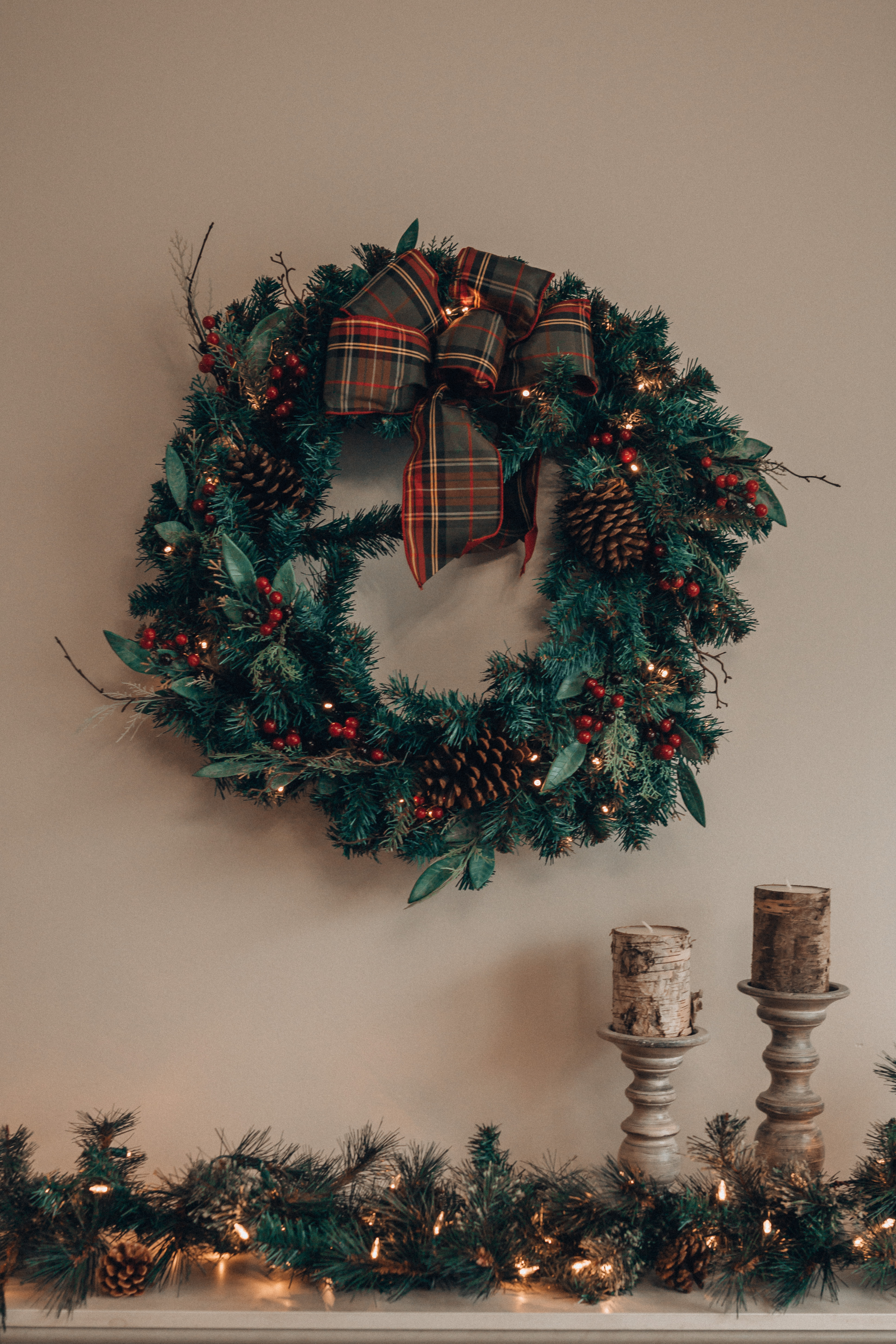 Holiday Decorating | Christmas Wreath | The Home Depot| Holiday Decor